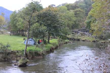 Riverside camping at Llyn Gwynant October 2009