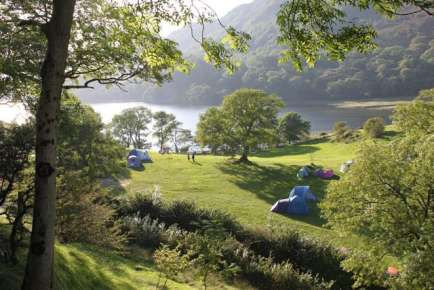 Tents find welcome shade at Llyn Gwynant campsite  September 2009